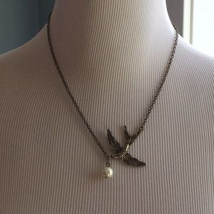 Jewelry - Sparrow and Pearl necklace.